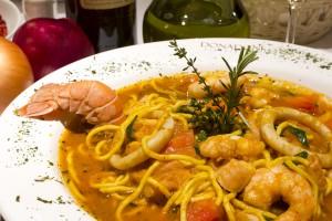 Já está nas bancas a edição 2011 da Veja Comer & Beber